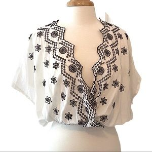 ZARA TRAFALUC White Embroidered Crop Blouse